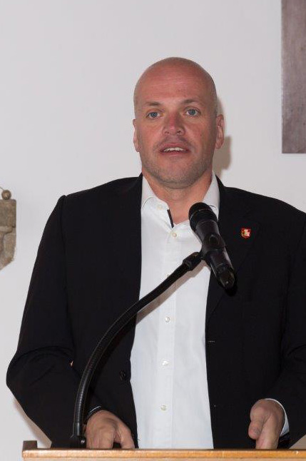 Bürgermeister Grützen bei seiner Rede